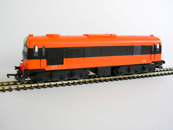 001class_orange_black