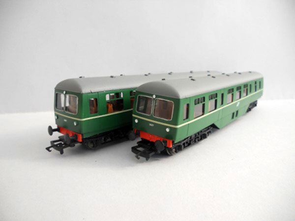 IR/IE 2600 Class Railcar green