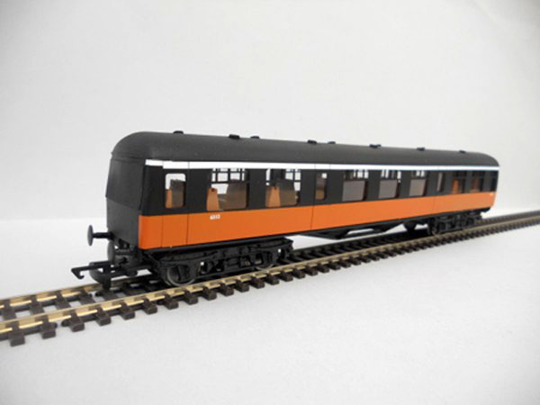 IR/IE Pushpull Connector Car Black over Orange early