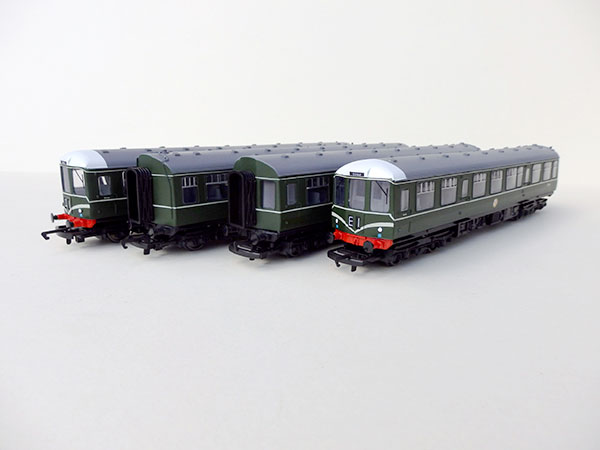 Class-104-4-car-green-Edit