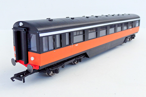 ie_BUT-black-orange