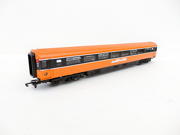 ie_suburban-black-orange-ic