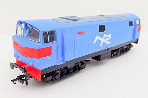 nir_class101-pale-blue